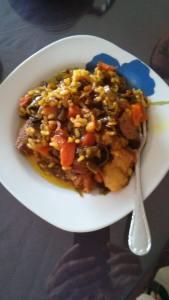 Rostit humit amb verdures i arròs