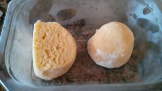 Pastís de pomes caramelitzades, la part de massa reservada al congelador